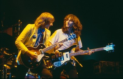 Alex Lifeson and Geddy Lee of the band Rush perform in 1981. Photo by James Borneman